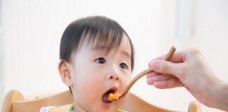 Chế độ dinh dưỡng cho bé 3 tháng tuổi