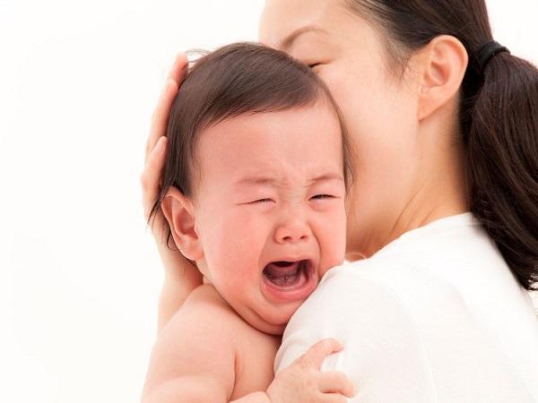 Mẹo giúp trẻ hết quấy khóc đêm, con ngủ ngoan