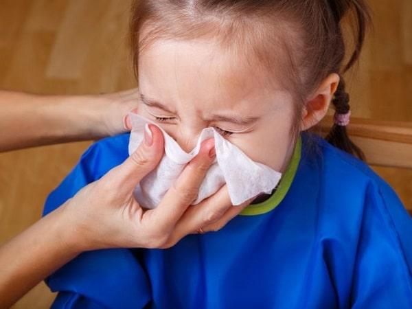 6 cách trị sổ mũi cho trẻ nhỏ không cần dùng đến thuốc