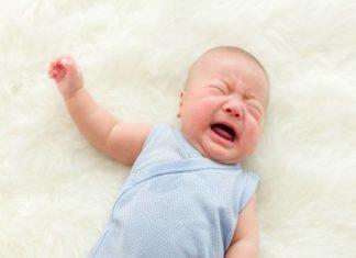 Nguyên nhân trẻ sơ sinh bị sôi bụng