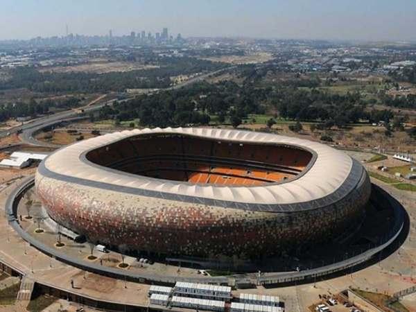 FNB Stadium – Nam Phi